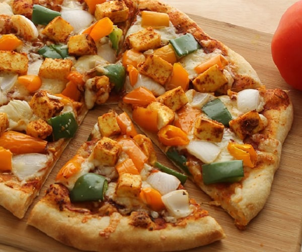 CHILI PANEER TIKKA PIZZA